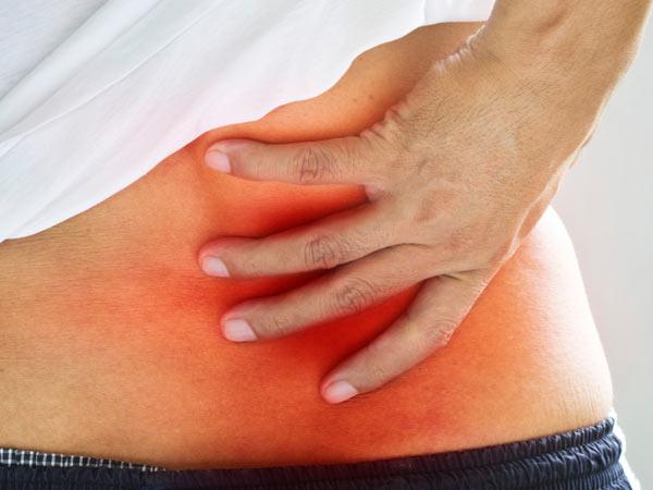 繰り返す腰痛、坐骨神経痛